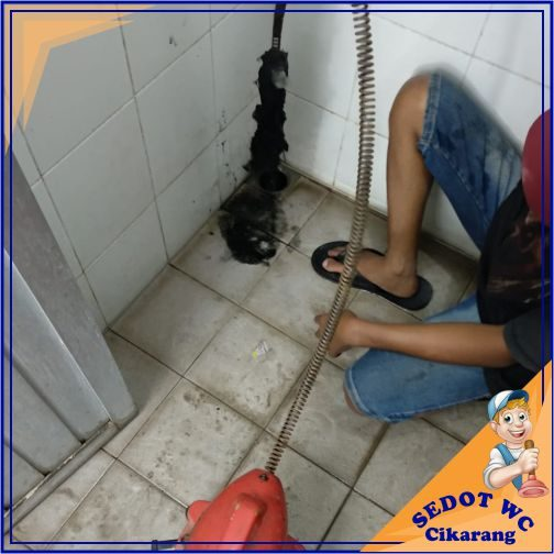 layanan sedot wc - cikarang - galeei 15-min